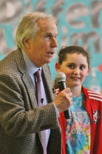 Henry Winkler speaking with students Tuesday in Upper Makefield. Credit: Tom Sofield/NewtownPANow.com
